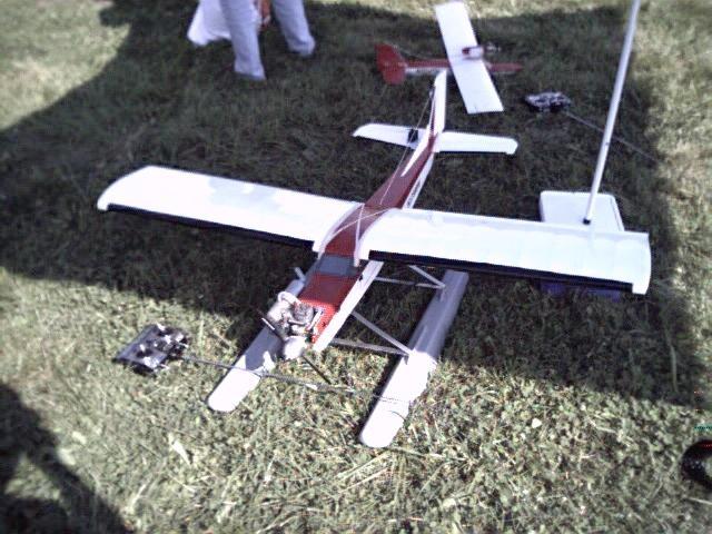 floatfly023